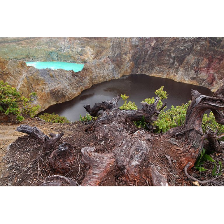 Los misterios de los lagos del volcán Kelimutu