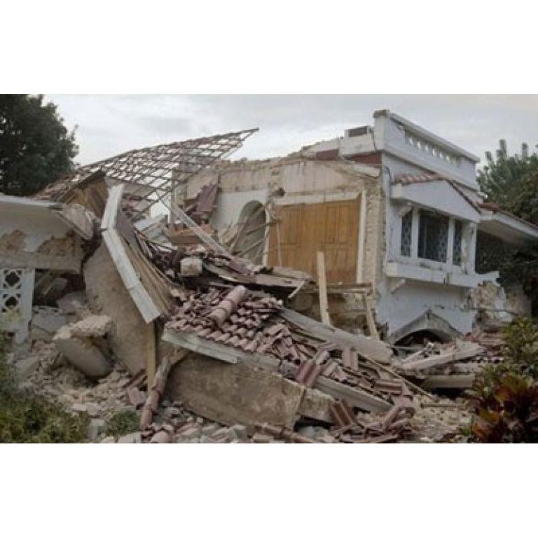 Miles de muertos en el peor terremoto de Haití en 200 años.