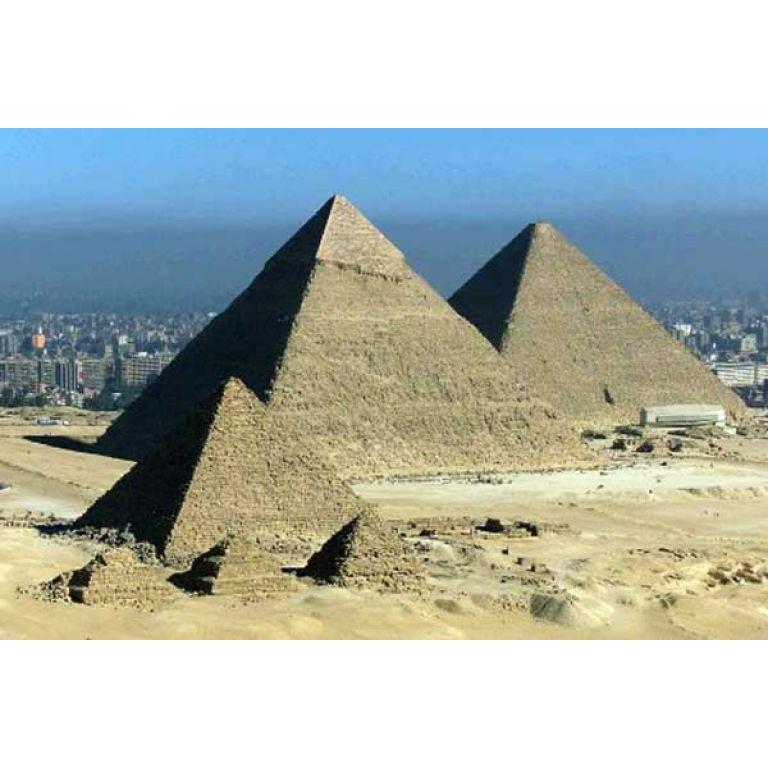 Descubren 17 nuevas pirámides en Egipto con imágenes satelitales