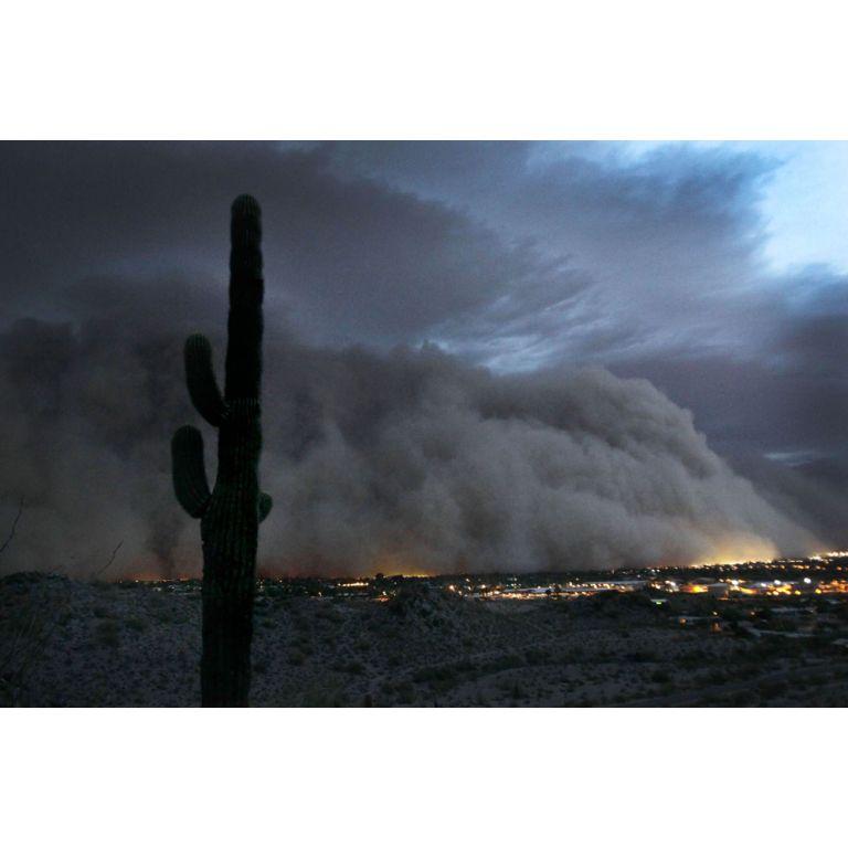 Una gigantesca nube de arena cubrió a Phoenix