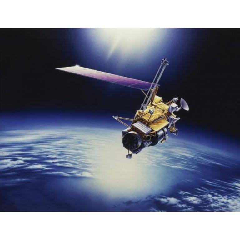Cae satélite a la Tierra en los próximos días