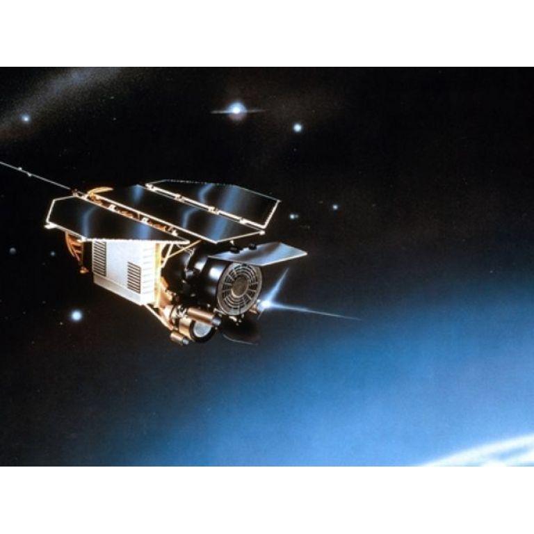 Otro satélite caerá en la tierra a principios de noviembre