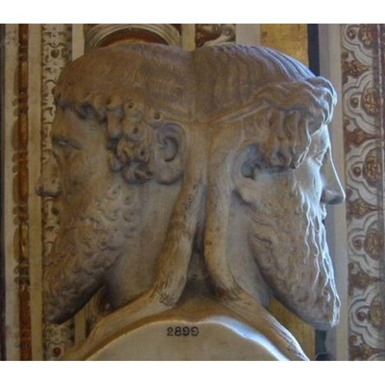 Jano dios romano del pasado y del futuro.