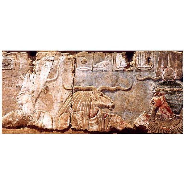 Divinidades egipcias del Nilo y del desierto.